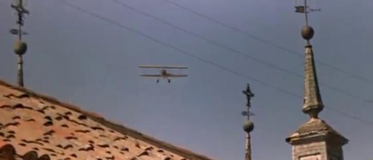 Les avions...dans le western. Vlcsna24