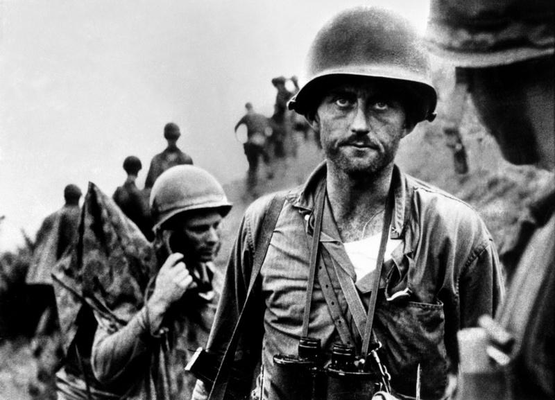 Les Images de la Guerre de Corée - Page 3 01_ike10