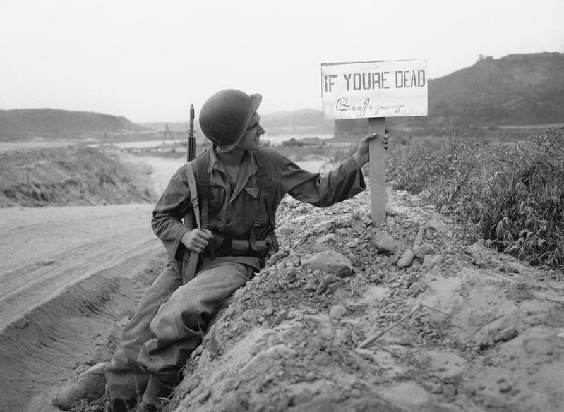Les Images de la Guerre de Corée - Page 3 Korea_11