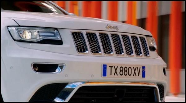 Jeep Gd Cherokee 2013/2014 : fascination ! (vidéo)  Jeep-g10