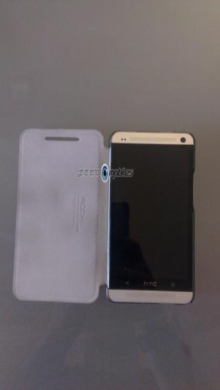 [ORDICA-STORE] Test de l'étui  Folio ultra fin noir - Rock ELEGANT pour HTC One Imag0033