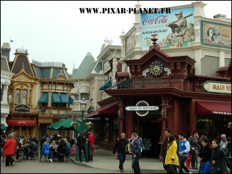 La visite guidée du Disneyland Parc. Dscn4618