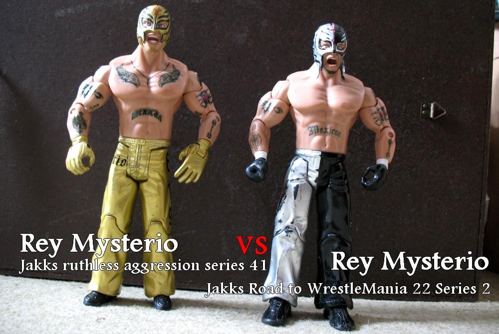 Rey Mysterio Jakks ruthless aggression series 41 vs Rey Mysterio Jakks Road to WrestleMania 22 Series 2 Rey_0011