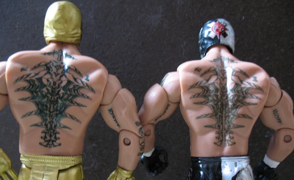 Rey Mysterio Jakks ruthless aggression series 41 vs Rey Mysterio Jakks Road to WrestleMania 22 Series 2 Rey_0016