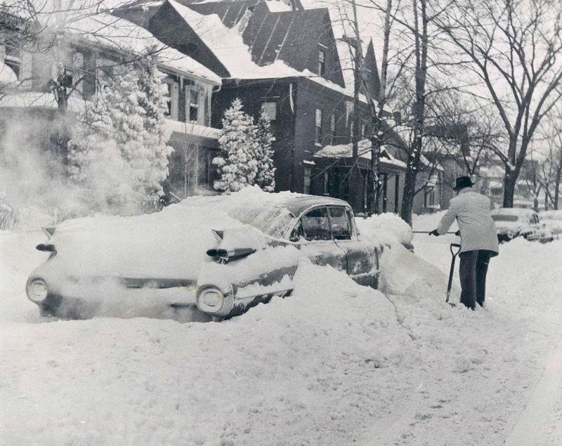 voitures et neige, cars and snow 31304310