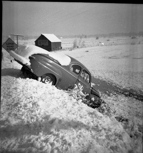 voitures et neige, cars and snow 37079810