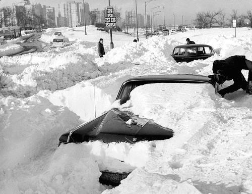 voitures et neige, cars and snow 54084710