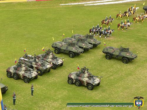 Armée Colombienne / Military Forces of Colombia / Fuerzas Militares de Colombia - Page 8 _0b13