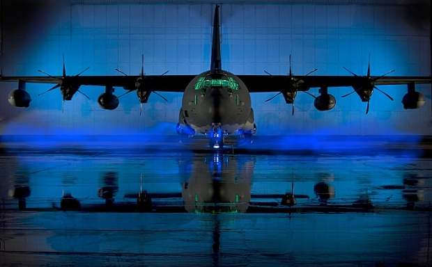 Avions de transport tactique/lourd - Page 3 _0e10