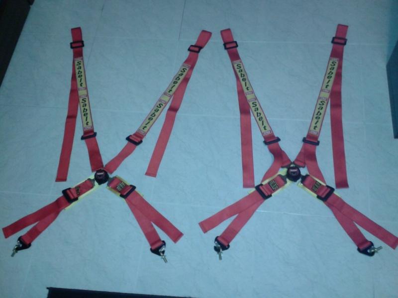 Vendo coppia cinture Sabelt 4 punti rosse 2012-110