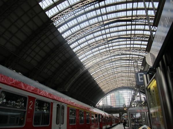 Einmal Frankfurt (a.M.) und zurück… Bahnho10