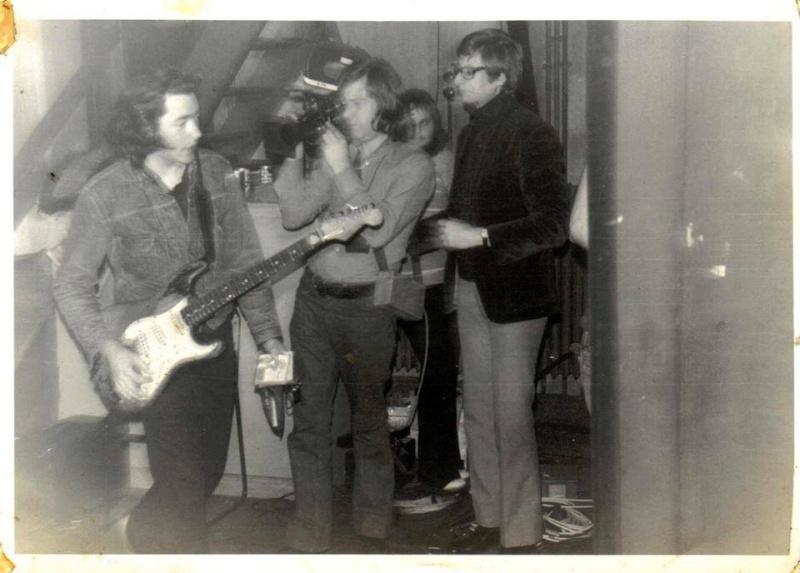 Irish Tour (Tony Palmer's Film - 1974) - Page 10 25330010