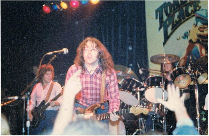 Photo de Ray Cote - Toad's Place - New Haven (USA) - 15 novembre 1979 94729510