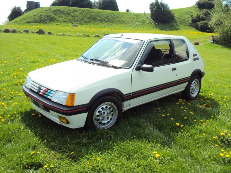 [ Mazoutix] 205 GTi 1.6 115cv blanc meije 1988 - Page 6 Dsc03914