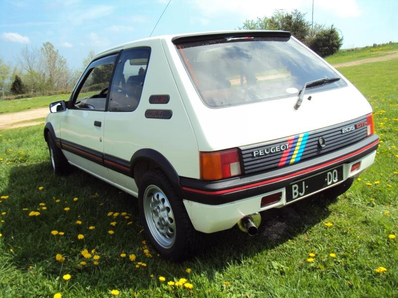 [ Mazoutix] 205 GTi 1.6 115cv blanc meije 1988 - Page 6 Dsc03915