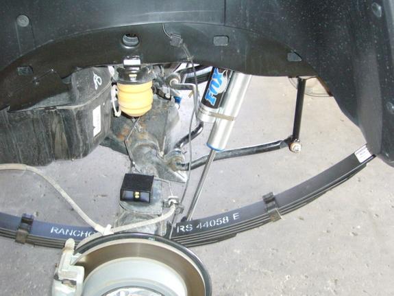 Commande groupée amortisseurs Fox Racing Hummer H3 30566411