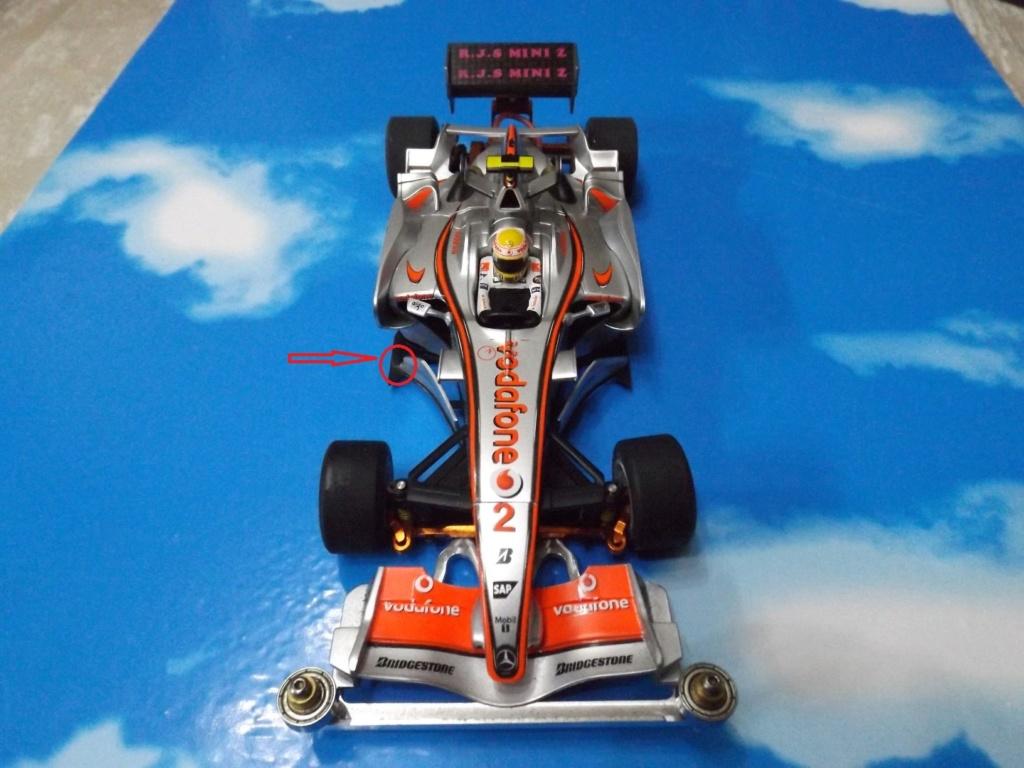 vend une F1 2,4Ghz optionnée pour la compétition et plein de piéces détachées neuves  Dscf5440