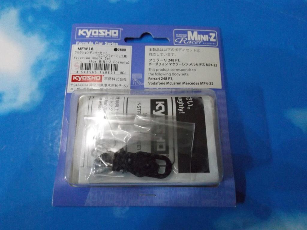 vend une F1 2,4Ghz optionnée pour la compétition et plein de piéces détachées neuves  Dscf5454