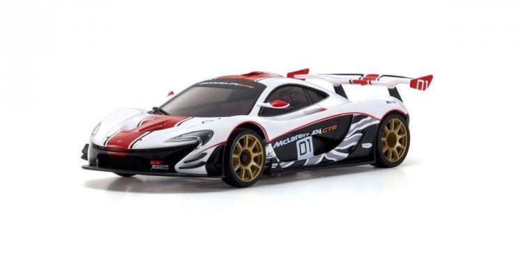 nouvelle carrosserie McLaren P1 GTR WhiteRed Mclare10