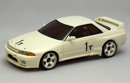 pour les amateurs de SKYLINE R 32 N° 1 T  Nissan11