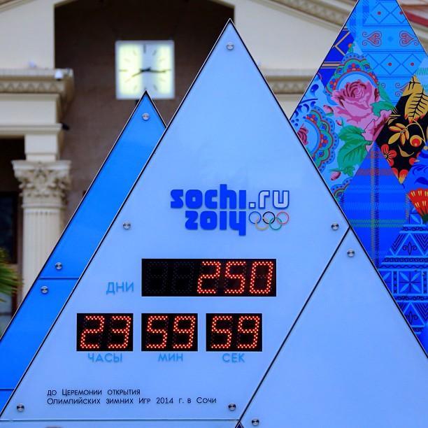 J-250 avant les Jeux Olympiques de Sotchi 2014 Sochi_10