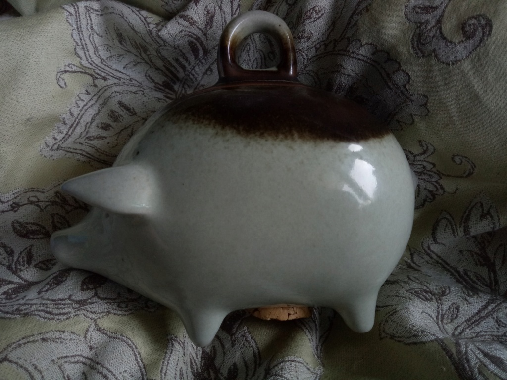Piggy bank unknown maker Img20114