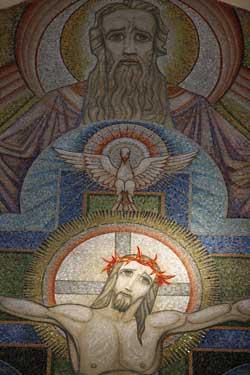 """Dimanche 26 Mai """" Sainte Trinité Solennité du Seigneur """" Godong10"""