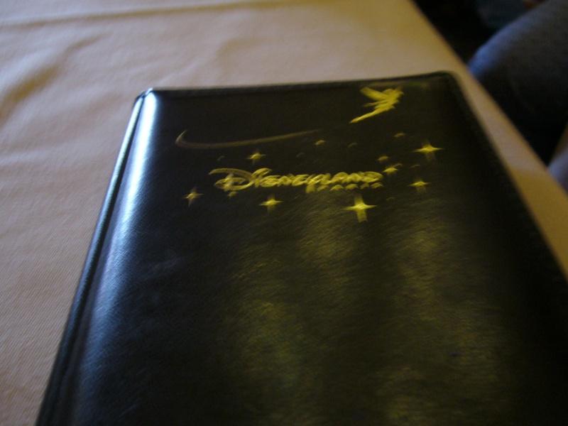 Ma journée à disney le 8 juin quelques jours aprés mon anniversaire.  - Page 6 P1020029