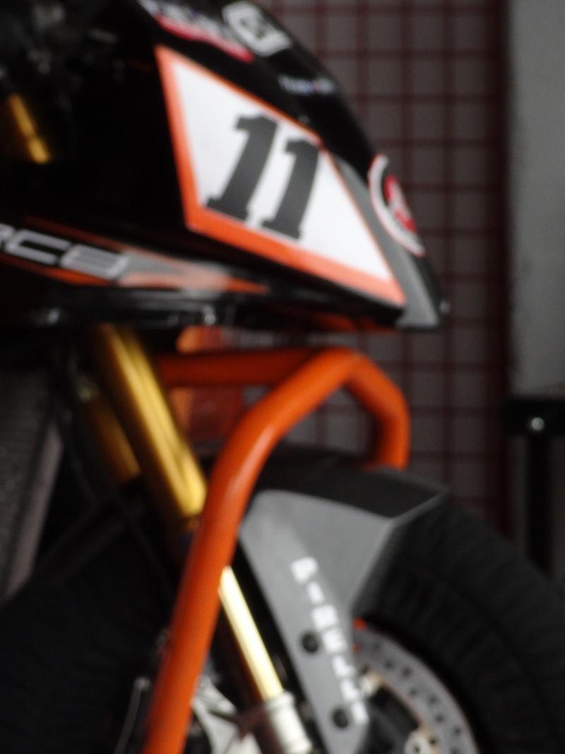 KTM 1000 RC8 RC8R  - Page 9 Dsc00211
