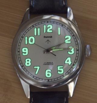 """HMT 1971 (montre utilisée durant la guerre Inde vs Pakistan) mécanique 17 saphirs """"reluminisée"""" Pict0032"""