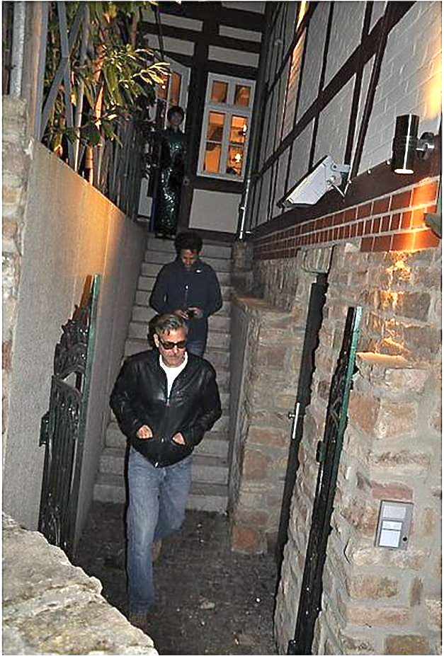 Photos: George Clooney's birthday dinner with Matt Damon, Bill Murray and Grant Heslov Birthd10