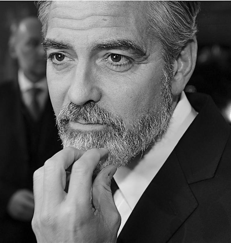 George Clooney George Clooney George Clooney! - Page 3 George15