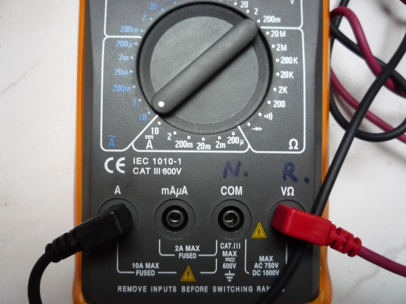 Batterie qui se décharge. - Page 3 P1030910
