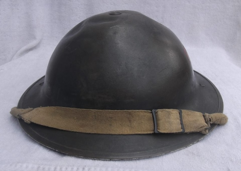 WW II Canadian Helmets - Page 3 10007913