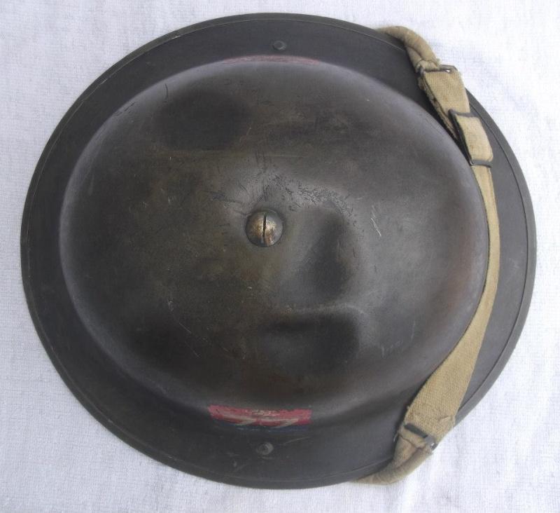 WW II Canadian Helmets - Page 3 10143210