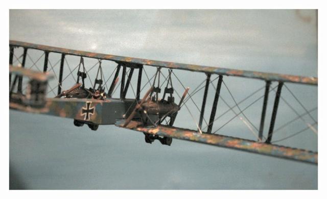 Zeppelin Staaken 1/144 skytrex Img_4722