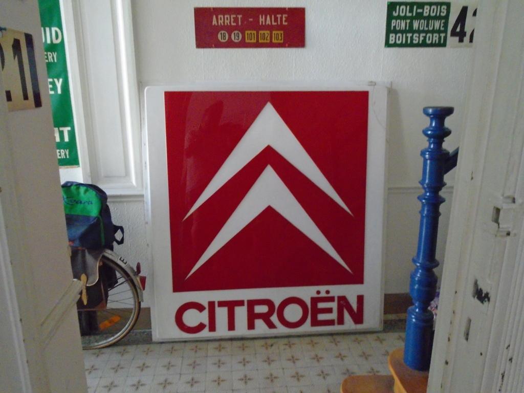 Divers objets Citroën Dsc01071