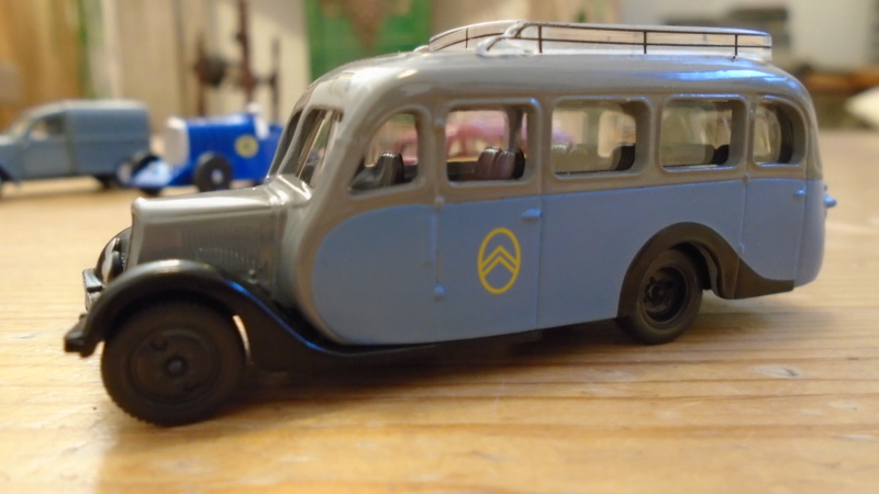 1/87 - Autocar U 23 Dsc01469
