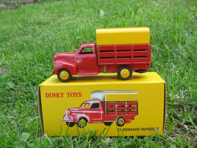 """Suite collection Dinky-Toys, le Studebaker """" Tapissière """" Dinky_10"""
