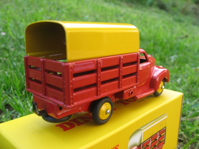 """Suite collection Dinky-Toys, le Studebaker """" Tapissière """" Dinky_13"""