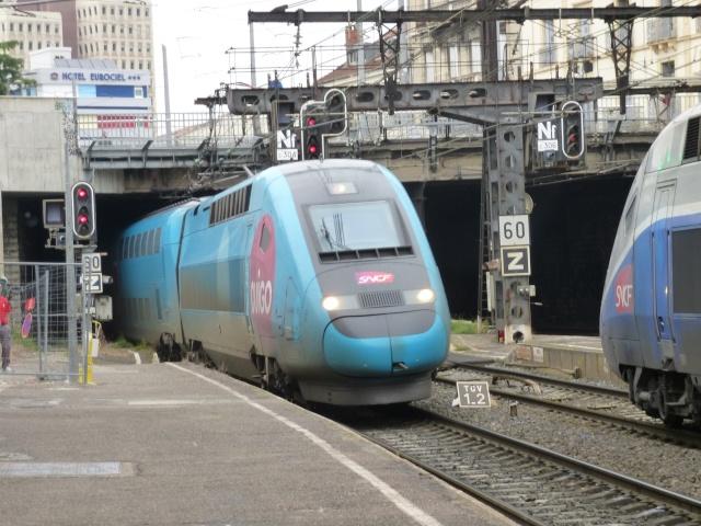 Les nouveaux TGV P1010711