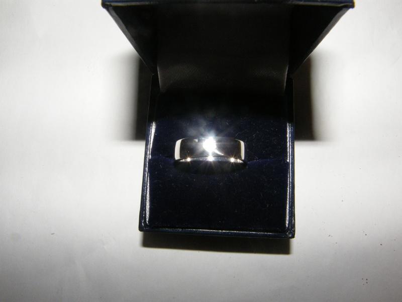 Jonc en argent avec diamant bleu  Dscf5012