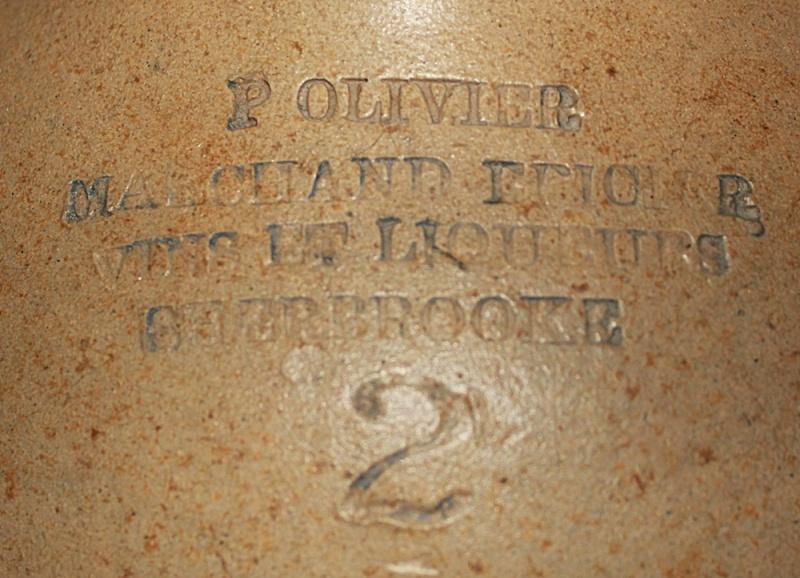 2 cruches à fleur de Sherbrooke Olivie10