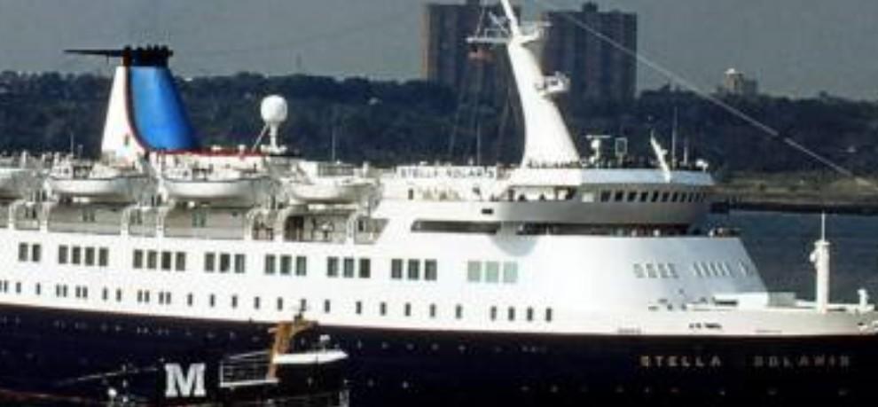 Qui peut m'identifier ce bateau - Page 3 111