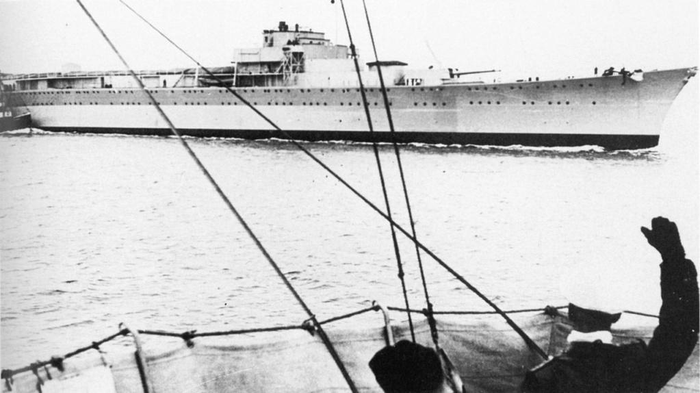 Importantes batailles navales en 1939-1945 - Page 4 1280px11
