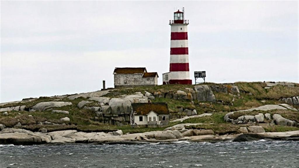 les phares en mer et à terre (2) - Page 62 15061810