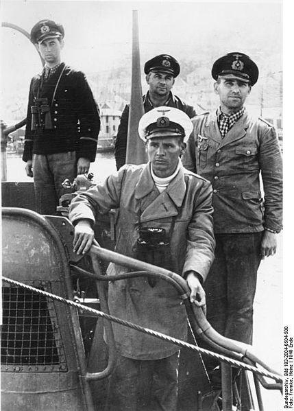 Kriegsmarine - Page 15 183-2010