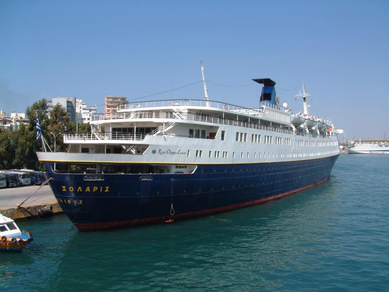 Qui peut m'identifier ce bateau - Page 3 25933910