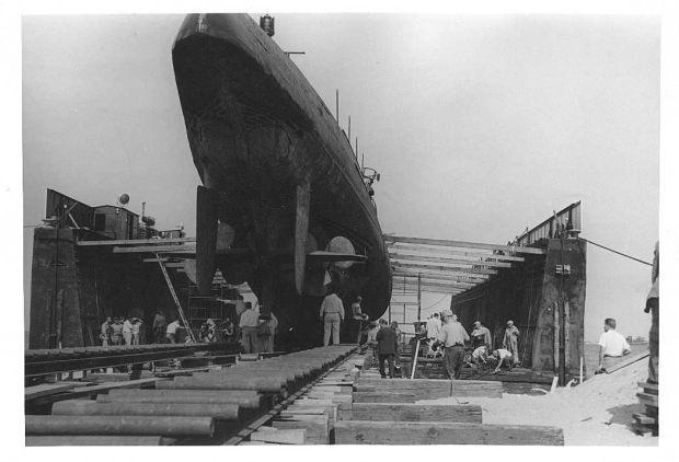 Petite histroire des porte-avions d'escorte - 1915-1945 - Page 13 537fde10