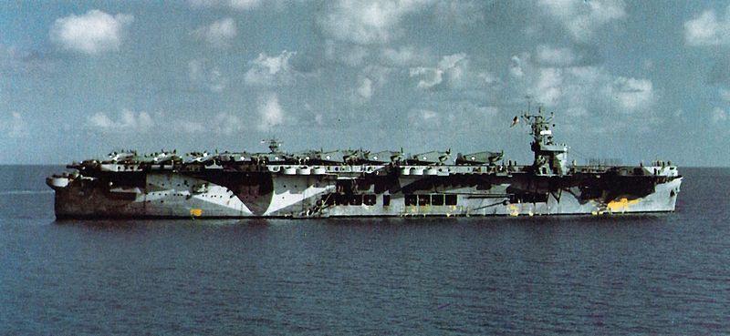 Mesures réglementires de camouflages US Navy 1939 - 1945 - Page 3 800px-12